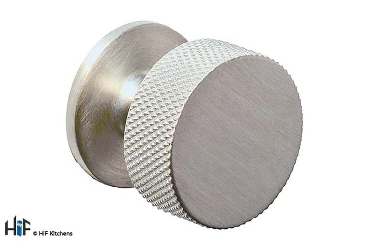 K1117.32.SS Knurled Knob Stainless Steel Central Hole Centre Image 1