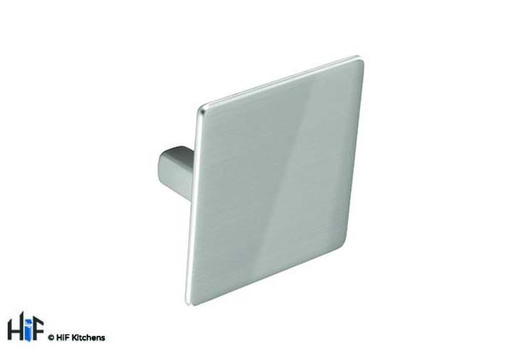 K686.32.SN Kitchen Knob Square 60mm Satin Nickel Effect Image 1