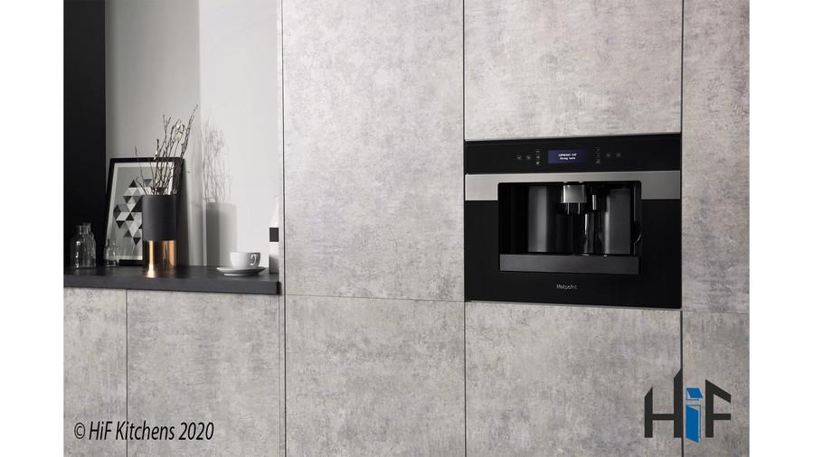 CM9945H Hotpoint Coffee Machine 45cm Class 9 Black Image 5