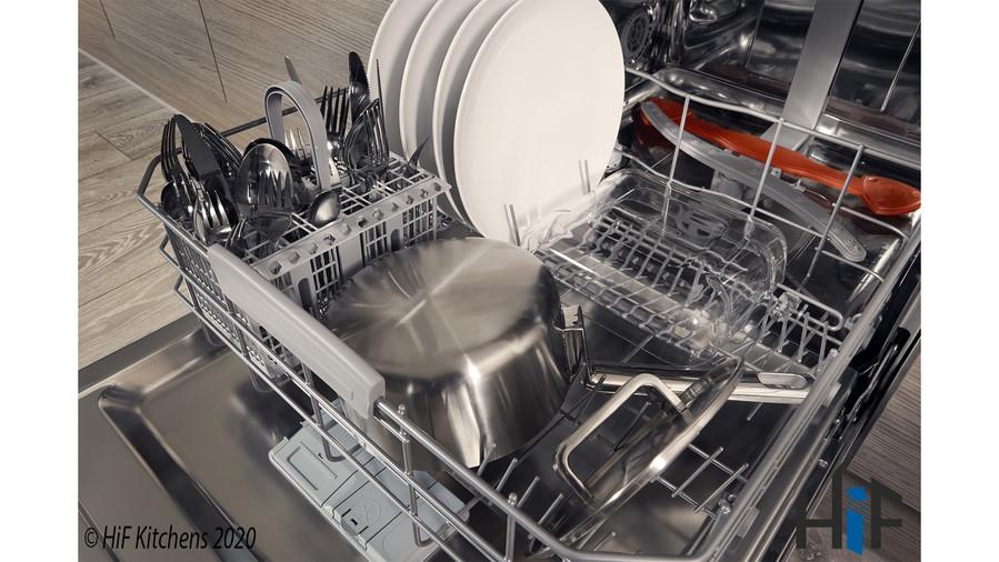 Hotpoint HIC3C26WF Int Dishwasher Image 8