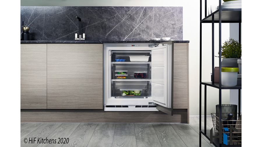 Hotpoint Aquarius HZ A1.UK.1 Integrated Freezer Image 2