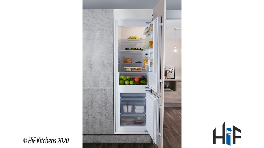 Hotpoint Day1 HM 7030 E C AA O3.1 Integrated Fridge Freezer Image 1