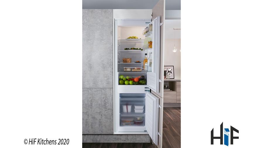 Hotpoint Aquarius HMCB 7030 AA.UK.1 Integrated Fridge Freezer Image 5
