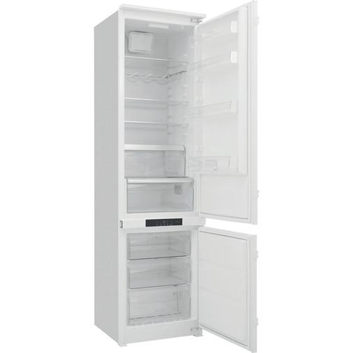 Hotpoint Day1 BCB 8020 AA F C.1 Integrated Fridge Freezer Image 7