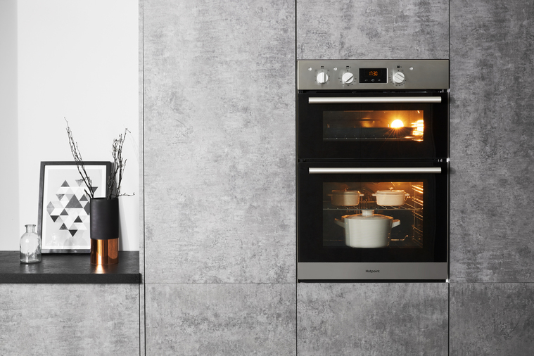 Hotpoint Class 2 DD2 540 IX Built-In Oven Image 7