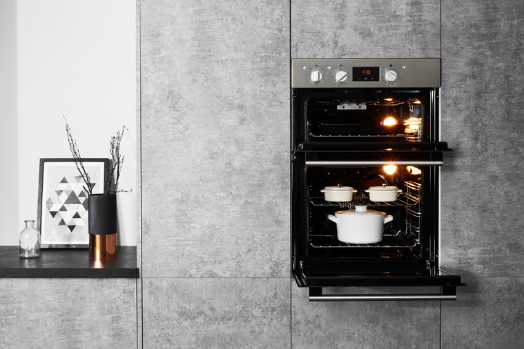 Hotpoint Class 2 DD2 540 IX Built-In Oven Image 8