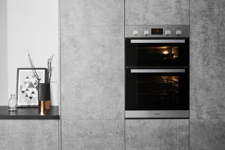 Hotpoint Class 3 DKD3 841 IX Built-In Oven Image 7