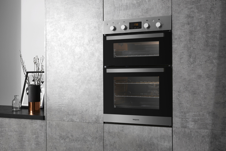 Hotpoint Class 3 DKD3 841 IX Built-In Oven Image 8