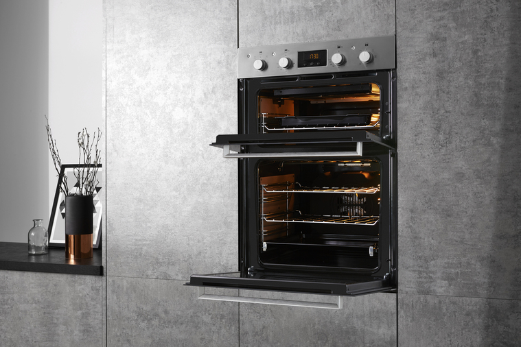 Hotpoint Class 3 DKD3 841 IX Built-In Oven Image 9