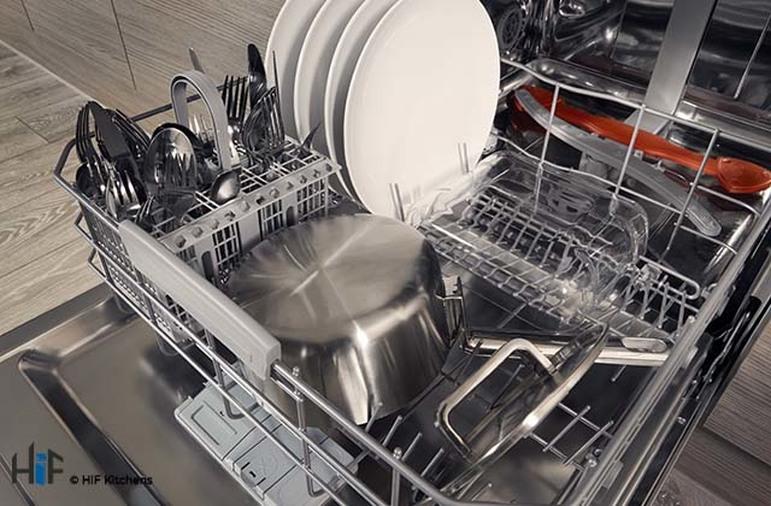 Hotpoint HIC 3C26 WF UK Int Dishwasher Image 13