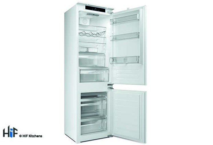 Hotpoint Day1 HM 7030 E C AA O3.1 Integrated Fridge Freezer Image 3