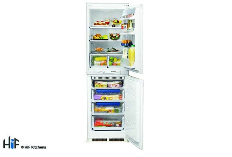 Hotpoint Aquarius HM 325 FF.2.1 Integrated Fridge Freezer Image 1
