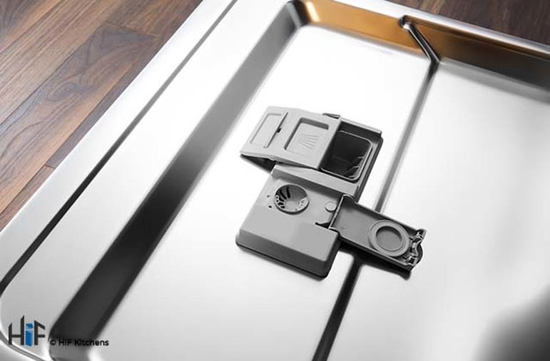 Hotpoint LTB4B019 60cm Integrated Dishwasher Image 13