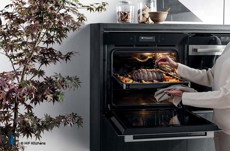 Hotpoint SI9 891 SP IX Multi Function Single Oven Image 4