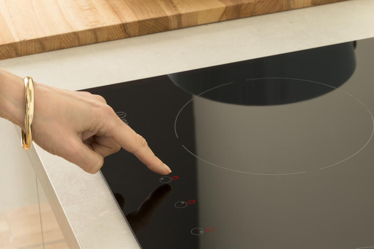 Indesit VIA 640 0 C Induction Hob In Black Image 9