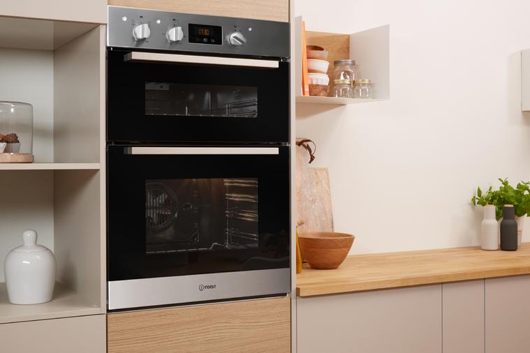 Indesit Aria IDD6340IXUK Double Oven Image 5