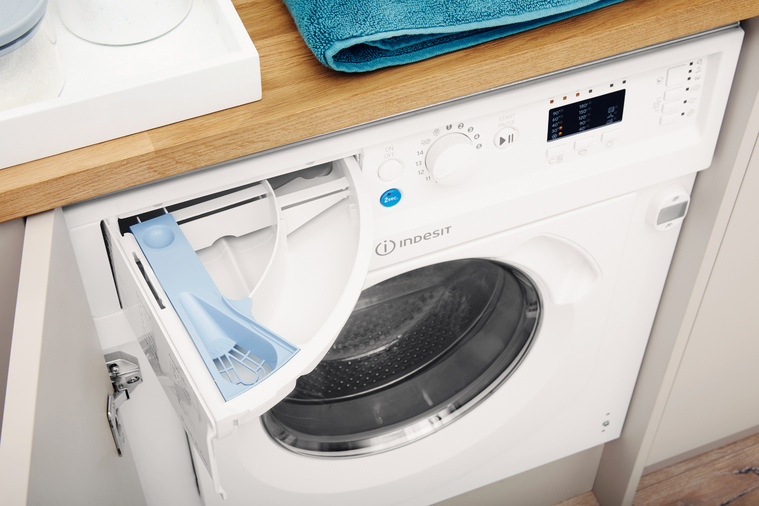 Indesit Integrated Washer Dryer Ecotime BI WDIL 7125 UK  Image 9