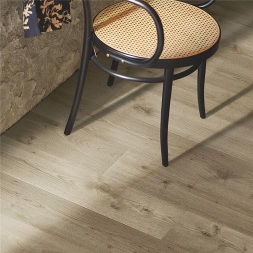 Pergo Meadow Oak Plank Micro Bevel L0339-04309 Image 3