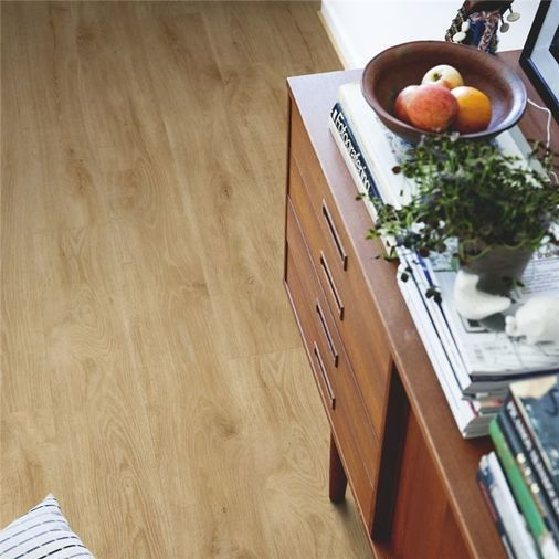 Pergo Natural Highland Oak Vinyl Click Flooring V2131-40101 Image 2